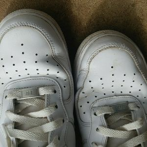 pretty nice 1de98 a85c2 Nike Shoes - Nike air max force af1 triple white mid 2016 9.5